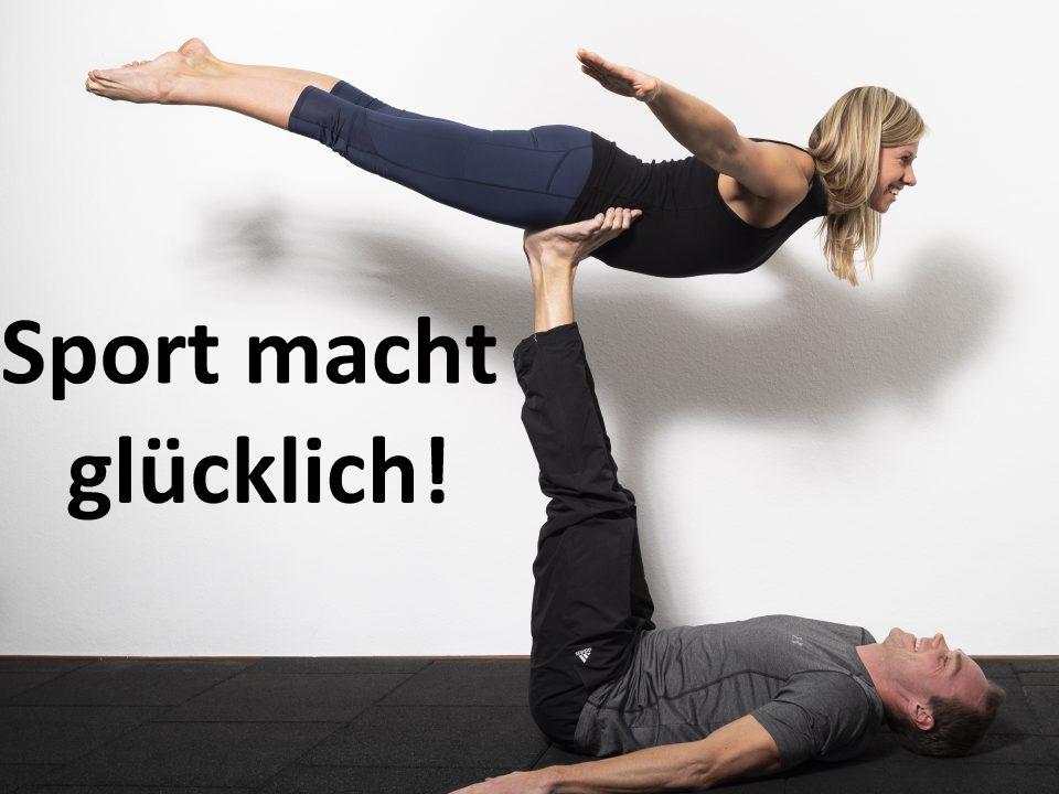 Die Trainer machen Partnerakrobatik Flieger